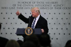 دعوات بالكونجرس لمساءلة ترامب على خلفية إقالة مدير مكتب التحقيقات الفيدرالي الأمريكي