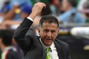 """مدرب المكسيك يؤيد قرار الاتحاد الدولي لكرة القدم """"الفيفا"""" بخصوص زيادة عدد المنتخبات المشاركة في بطولة كأس العالم"""