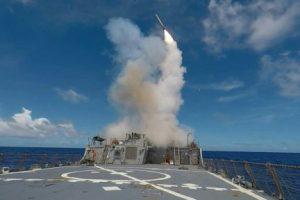 الخارجية الصينية تندد باقتراب سفينة عسكرية أمريكية من جزيرة خاضعة لها ببحر الصين الجنوبي
