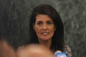 نيكي هالي تطالب بمحاسبة الحكومات والجماعات التي تحظر وصول المساعدات الإنسانية