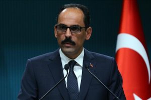 المتحدث باسم الرئاسة التركية يدعو دول العالم لمواجهة كافة التنظيمات الإرهابية بجدية دون تمييز