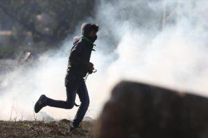 وزارة الصحة الفلسطينية تعلن عن إصابة 75 فلسطينيا في قطاع غزة خلال الاشتباكات مع جنود الاحتلال
