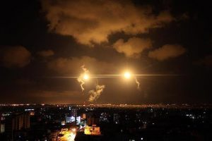 جيش الاحتلال الإسرائيلي يعلن اعتراض صاروخ كان يستهدف مناطق بجنوب إسرائيل