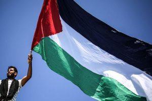حركة حماس تعتبر أن الاستهداف الإسرائيلي للمتظاهرين الفلسطينيين تم بمباركة أمريكية